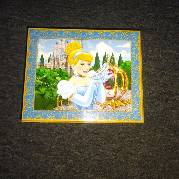 Cinderella  Jewelry box Brand New.